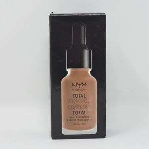 NYX Total Control Drop Foundation TCDF18
